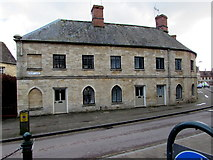 SP0202 : Grade II Listed houses at the northern end of Park Lane, Cirencester by Jaggery