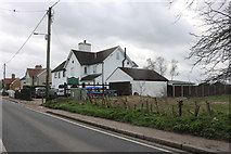 TQ5985 : Ockendon Road, North Ockendon by David Howard