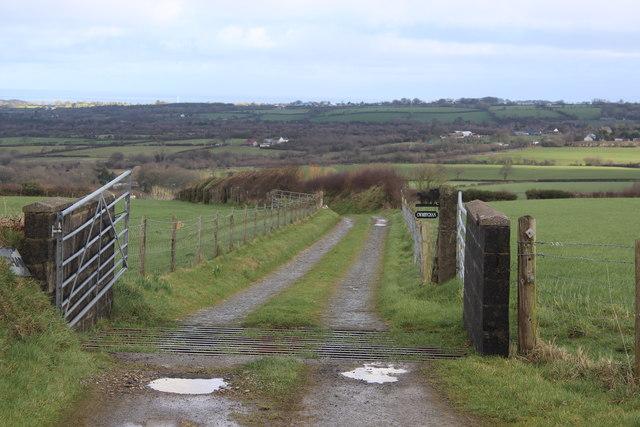 Track to Cwmbychan Farm