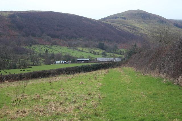 Looking across A4125 to Blaenclyn Farm