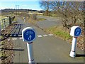NT1189 : B912 and Colin Smith Walkway/Cycleway by Bill Kasman