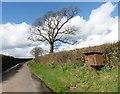 SS7610 : Deneridge Hill by Roger Cornfoot