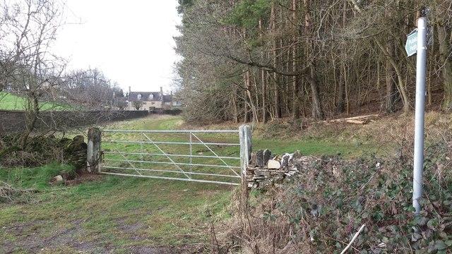 Path heading to Hornsleasow Farm