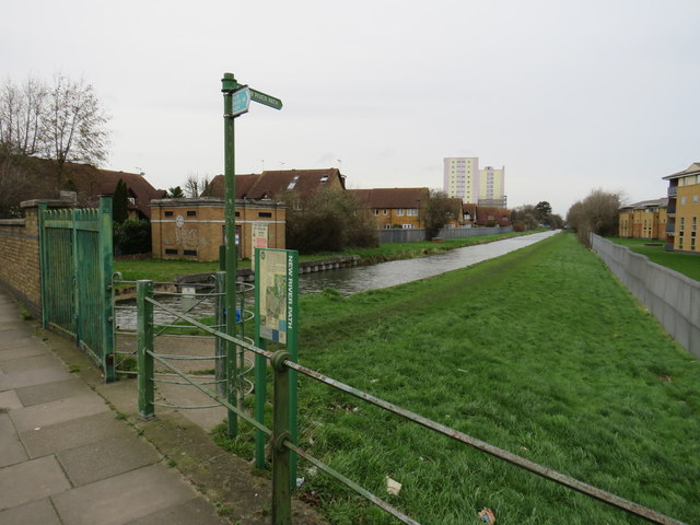 New River Path near Enfield