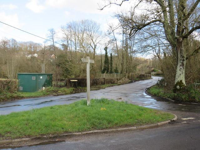 Road junction near Speldhurst