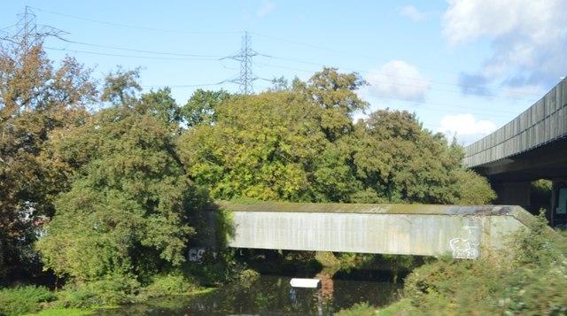 Bridge over the Wey Navigation