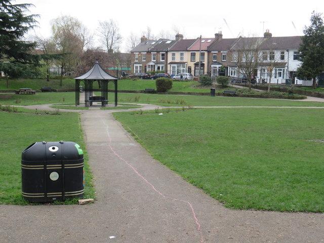 Stoneydown Park, Walthamstow by Malc McDonald