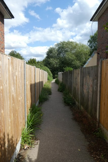 Footpath from Dickens Avenue