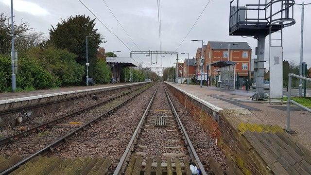 Kirby Cross railway station