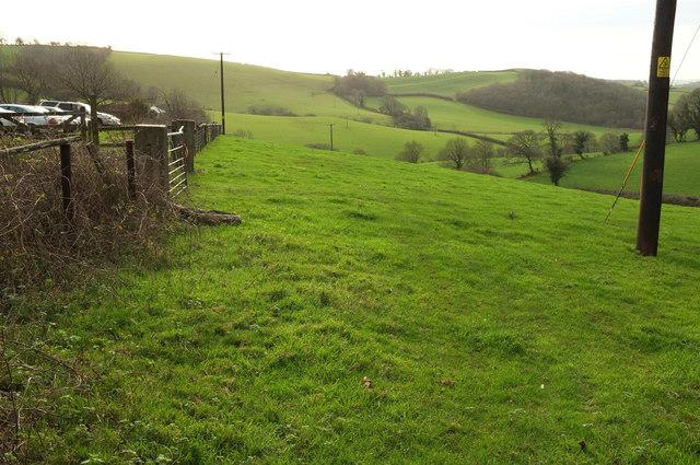 Towards Longcombe