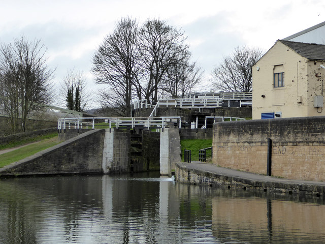 Leeds and Liverpool Canal - Bingley three-rise locks