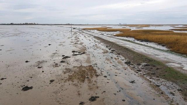 Kirby-le-Soken: Island Road to Horsey Island