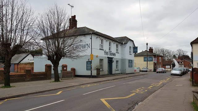 Thorpe-le-Soken: The Crown