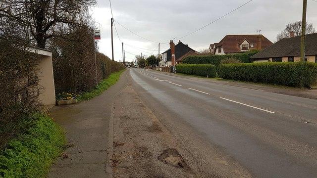Weeley: B1441 Clacton Road in Weeley Heath