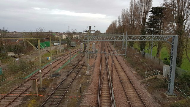 Clacton-on-Sea: Railway lines leaving Clacton-on-Sea station