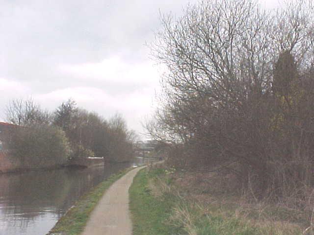Beeston Canal near Redfield Road Bridge