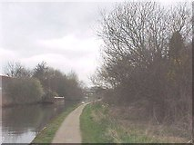 SK5537 : Beeston Canal near Redfield Road Bridge by Tim Glover