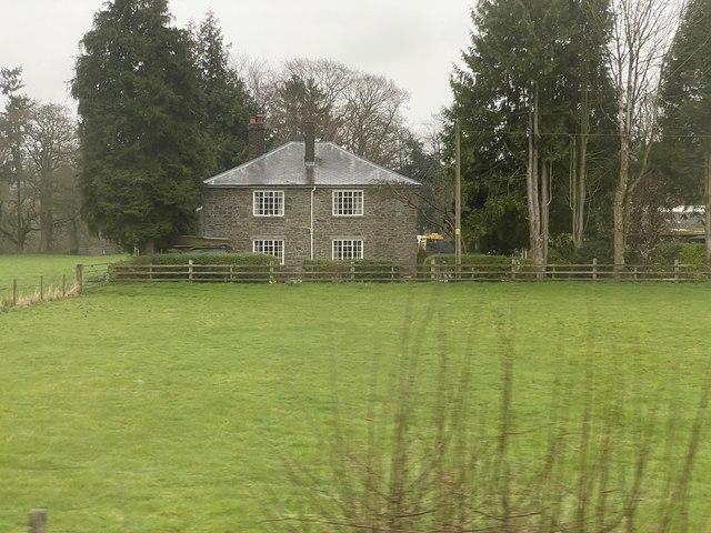 Large house near Newington