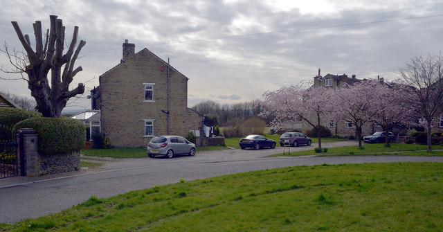 Village Street, Norwood Green