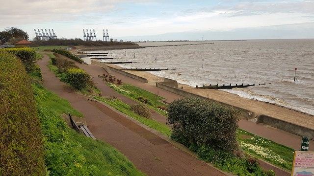 Dovercourt: Seafront promenade (2)
