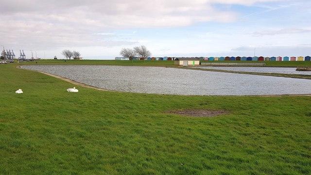Dovercourt: Model yacht pond