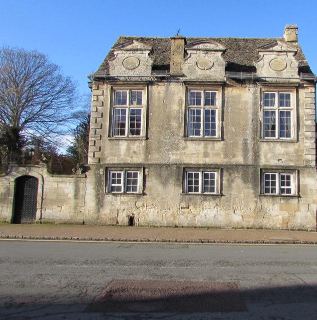Grade II (star) Listed Cob House, High Street, Burford