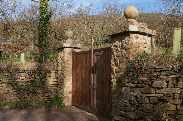 Gates near Willowrey Farm
