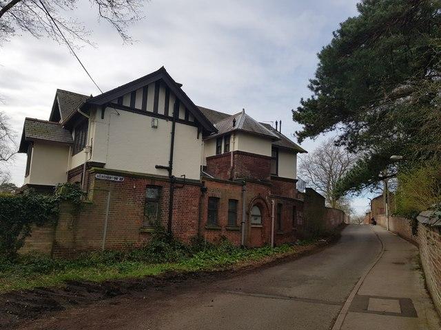 Along Heslington Road