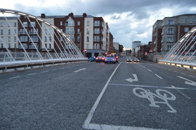 R804, James Joyce Bridge