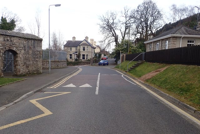 View along Longfield Grove towards the junction with King's Street