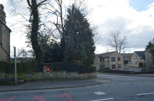 Moorside (A 643), Cleckheaton