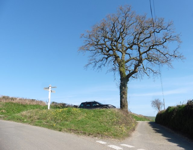 Farwood Cross