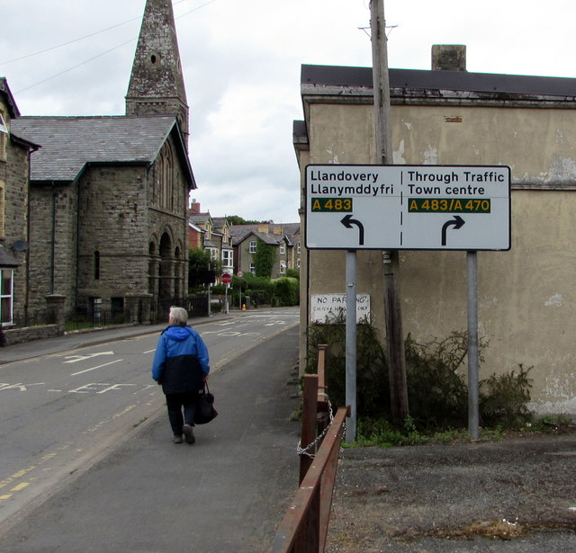 A483 directions sign, Church Street, Builth Wells