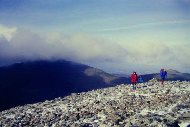 The last part of the pull up to Y Garn