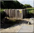SU1659 : SSE Power Distribution electricity substation, Swan Road, Pewsey by Jaggery