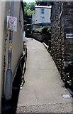 SX2553 : Steep side street in West Looe by Jaggery