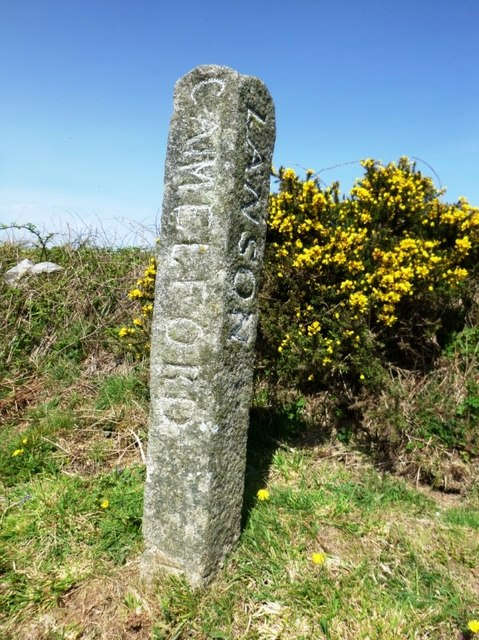 Old Guide Stone south east of Trewinnick