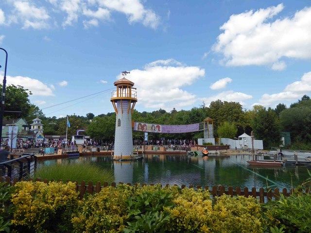 Legoland pirates stunt show lake and tower