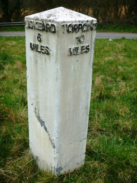 Replacement Milepost by the A38