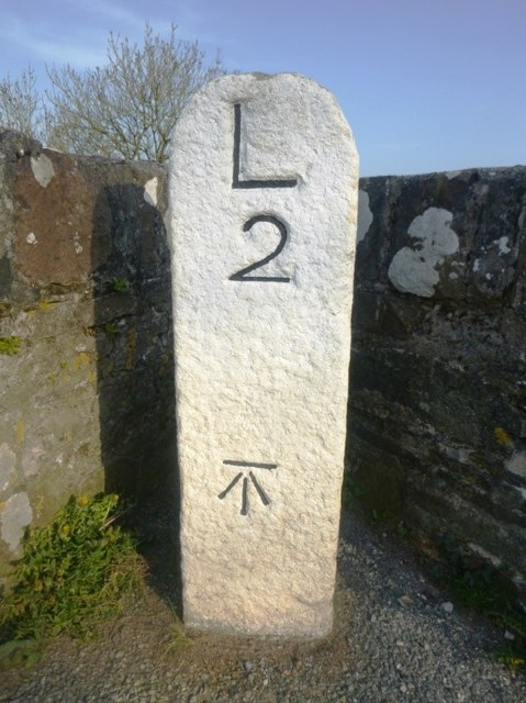 Old Milestone by the former A388, Higher New Bridge