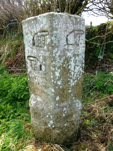 Old Guide Stone south of Goosewell