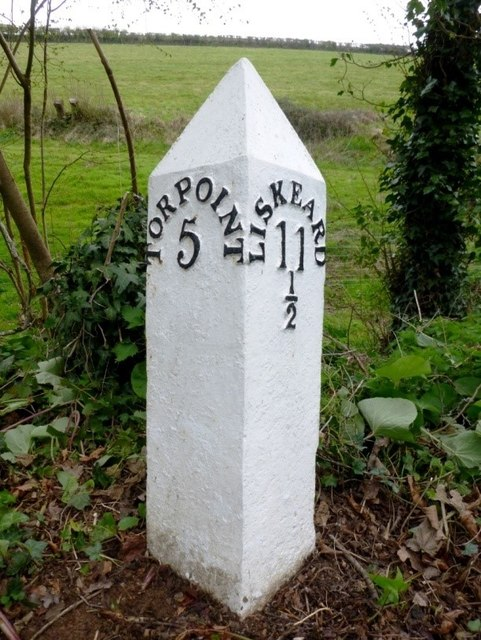 Old Milepost by the A374, east of Shevlock