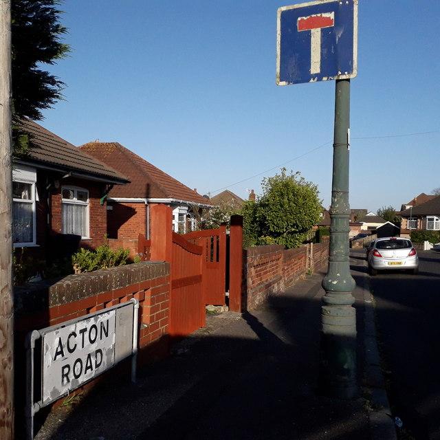 Wallisdown: Acton Road