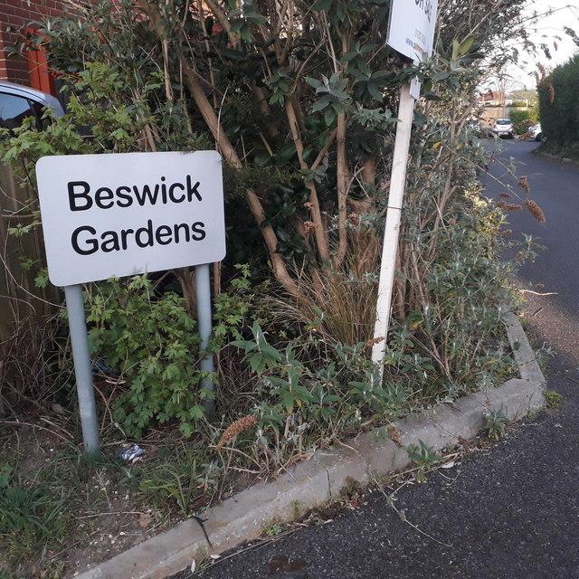 Ensbury Park: Beswick Gardens