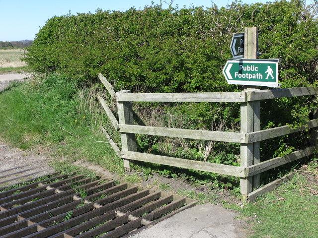 Public Footpath Sign, Brier Dene Farm, Whitley Bay