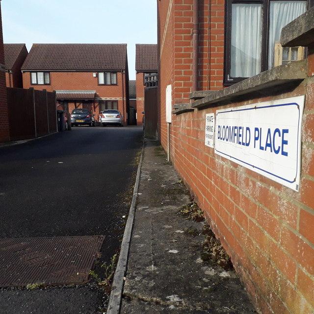 Moordown: Bloomfield Place