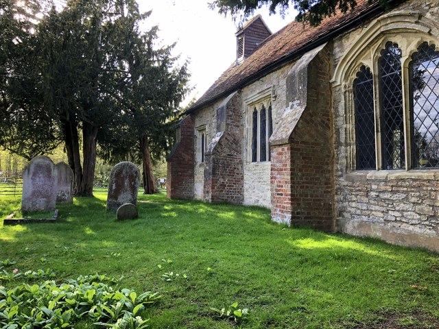 St Giles' churchyard