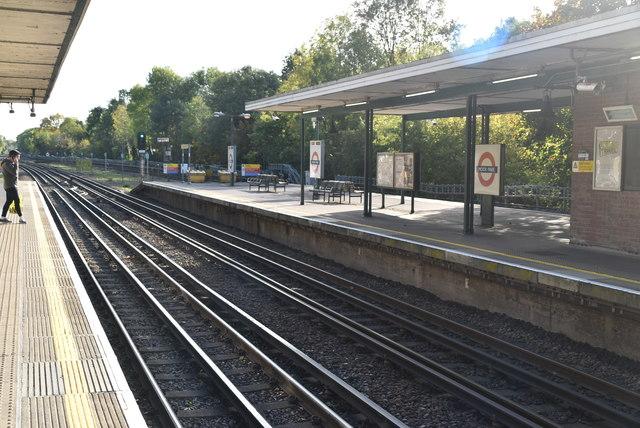 Moor Park Underground Station