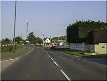 SX8460 : Totnes Road in Ayreville by Steve Daniels
