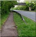 ST2992 : Path towards a bridge over the A4051, Llantarnam, Cwmbran by Jaggery